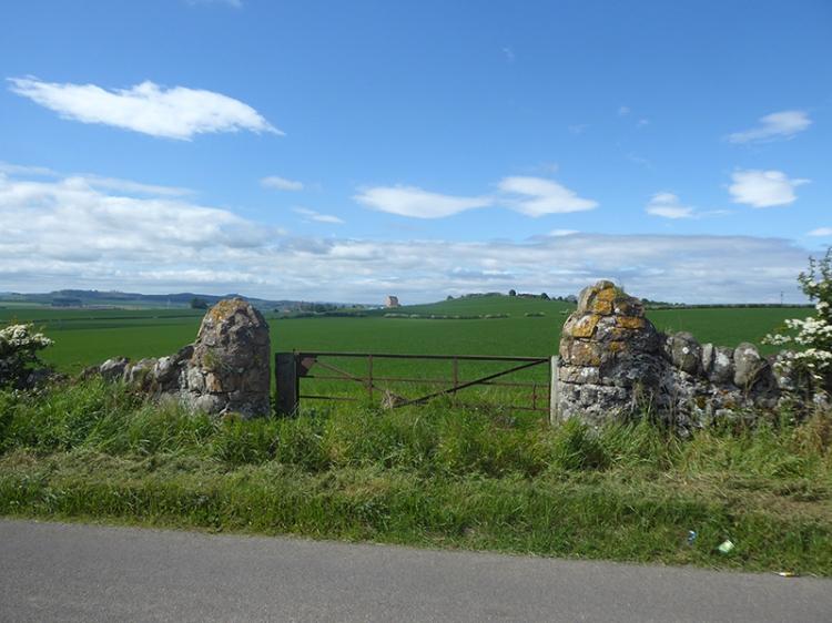 stone gate posts NB