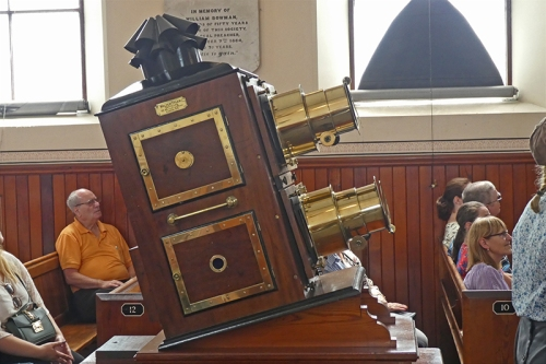 colliery church vertical biunnial lantern projector