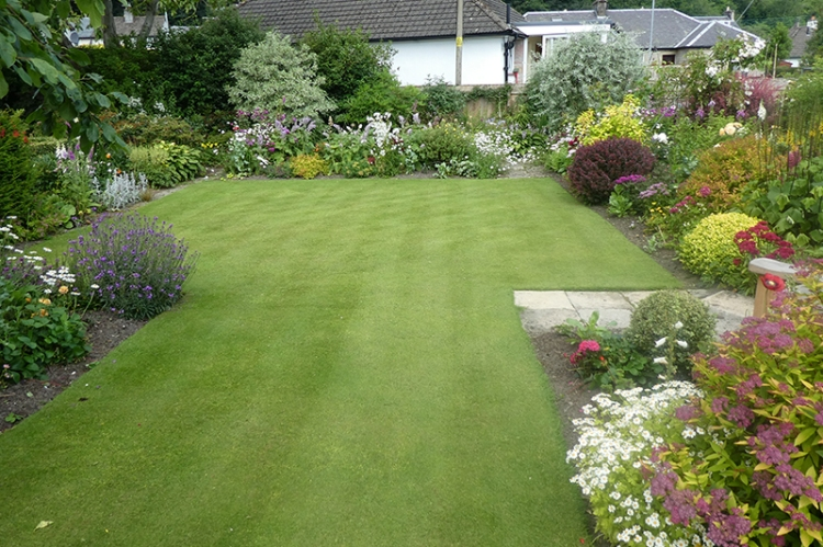 mown middle lawn