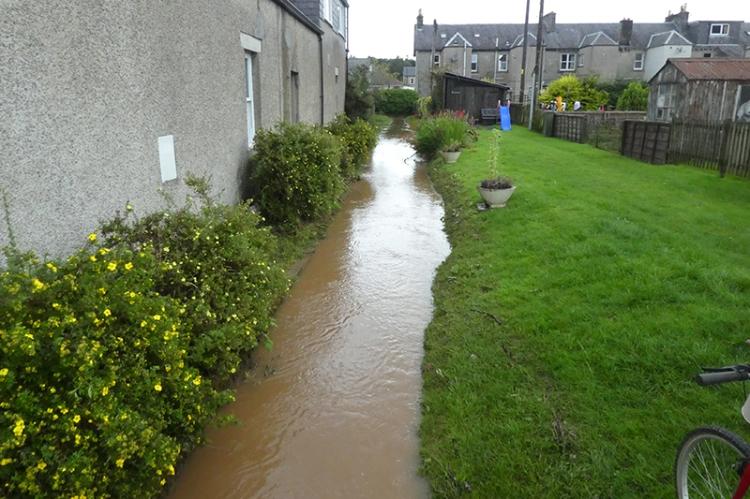 dam less flooded