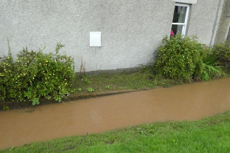 damp mark on house wall