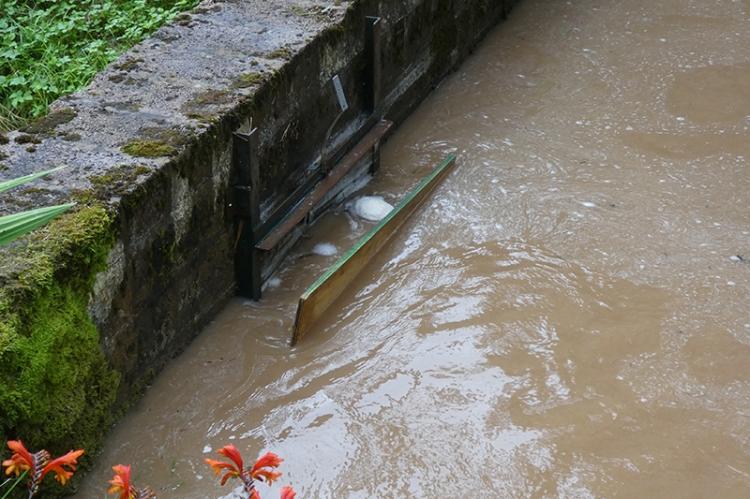 pool corner after repair