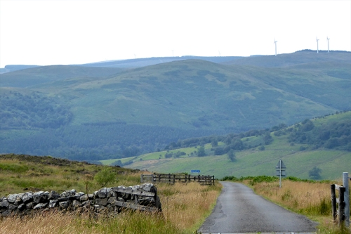 road down hill to langholm