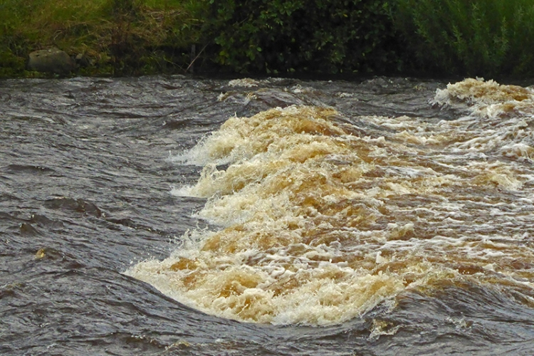big ripples in Esk