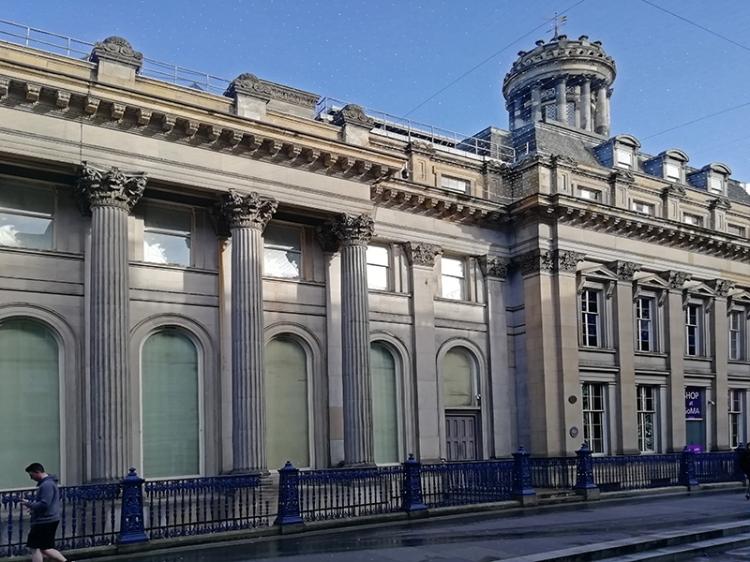 Glasgow george square 3
