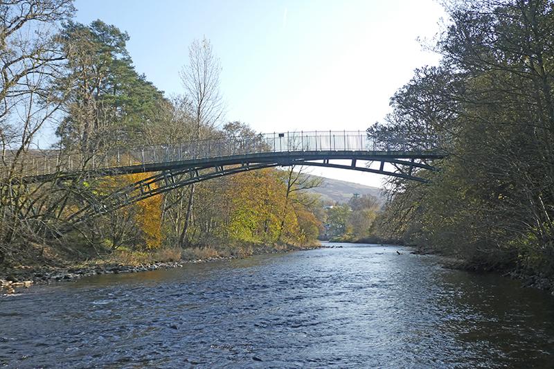 jubilee bridge from below