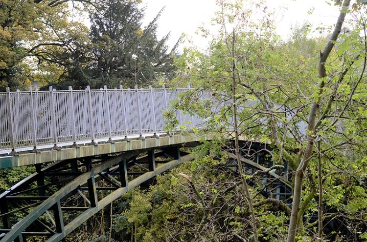 jubilee bridge october