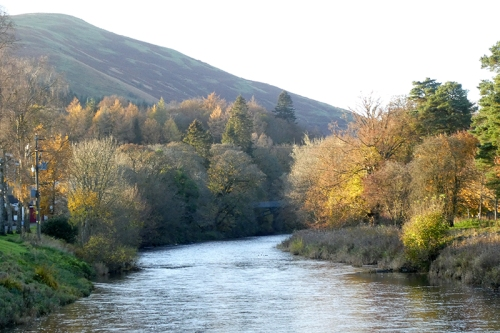 river esk november evening