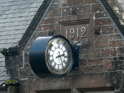 canonbie hall clock
