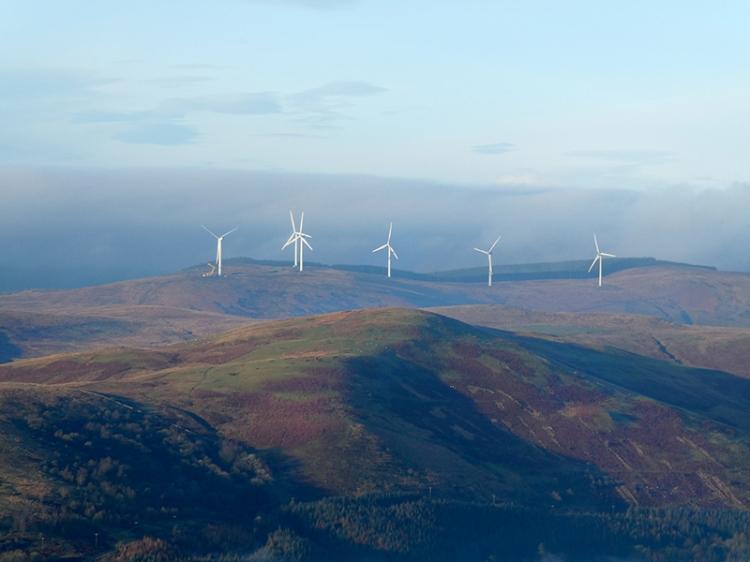 craig windmills with digger