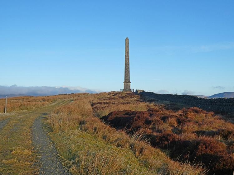 monument december