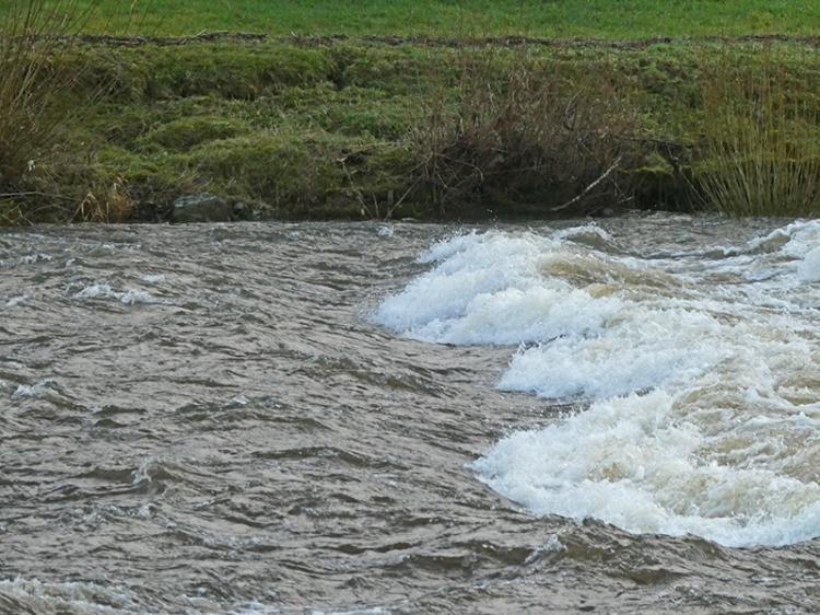 water in esk
