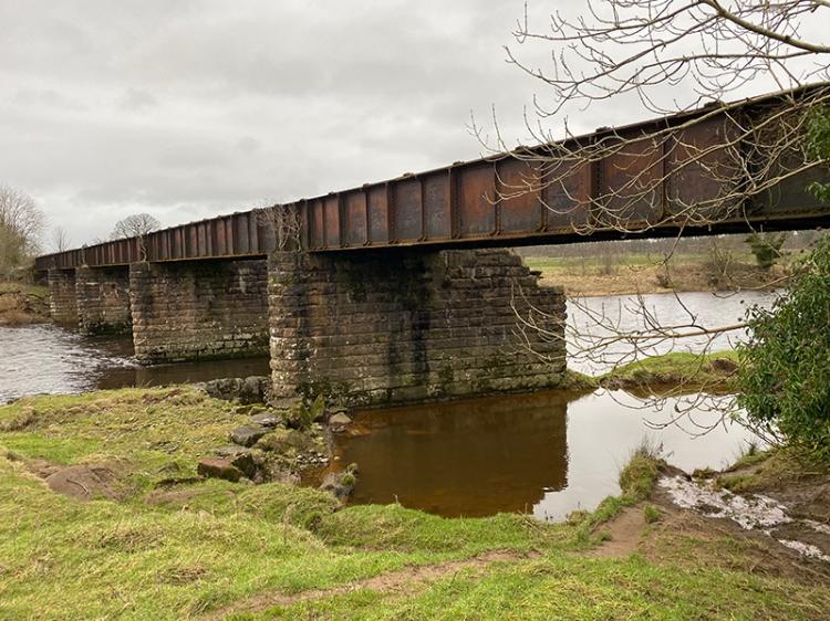 railway bridge kirkandrews
