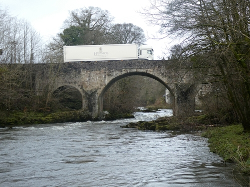 skippers bridge with lorry