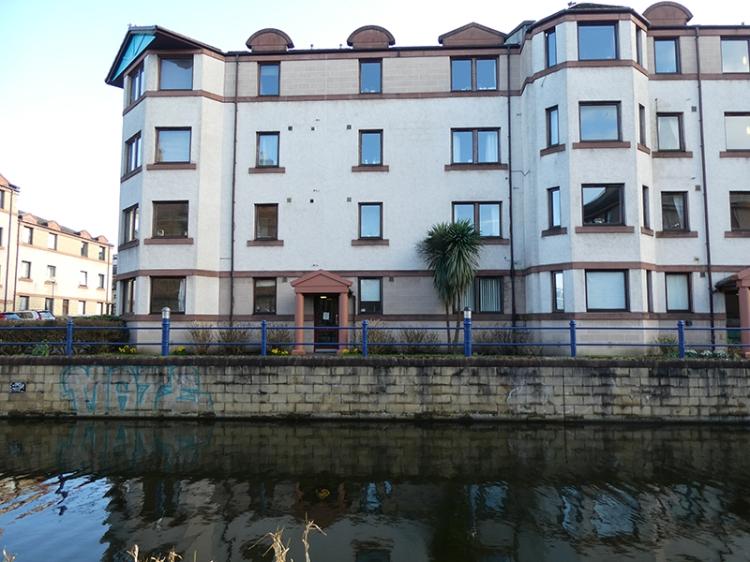 buildings union canal