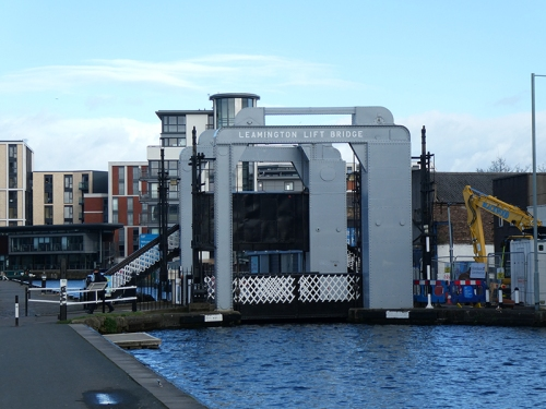 lifting bridge union canal