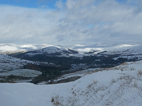 wide view from warbla snow