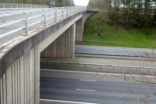motorway brodge kpf