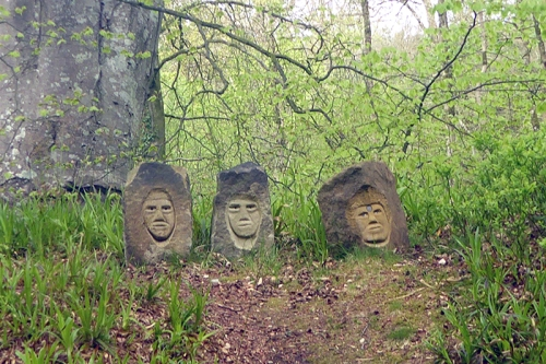 statues hollows 2